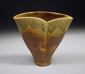 Stoneware vase for Tulips