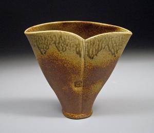 Stoneware vase for Tulips